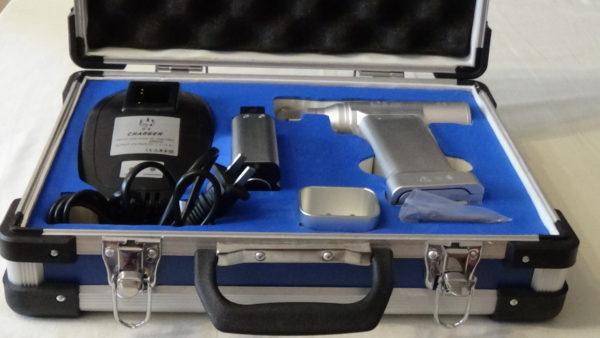 Набор осцилляторной пилы для ортопедических операций
